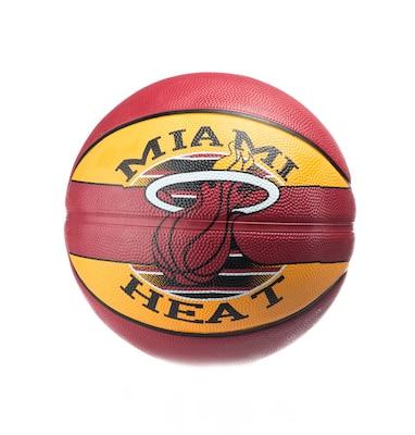 Spalding Nba Miami Heat Size 7 83-507z1 Κίτρινο 93a49edf3fc