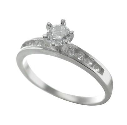 Μονόπετρο Δαχτυλίδι Από Ασήμι Με Πέτρες Ζιργκόν  829313e7a95